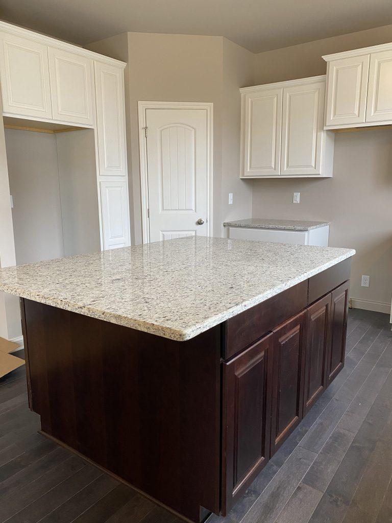 2900 Kitchen-3