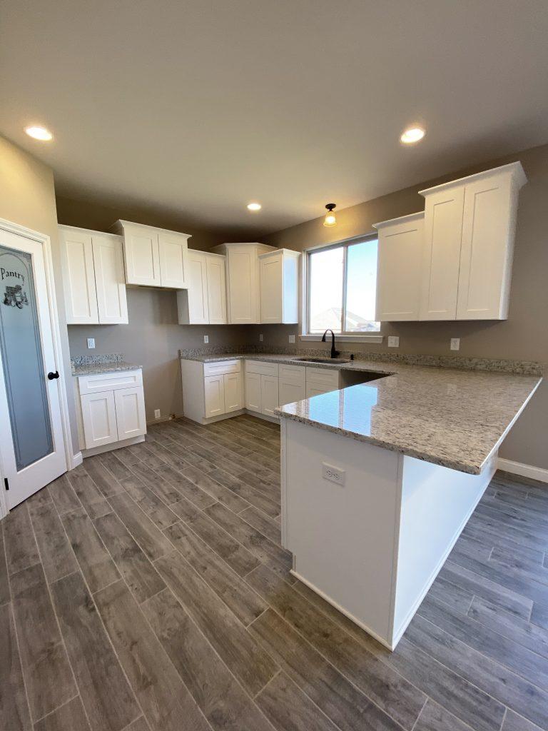 LF17 Kitchen-1