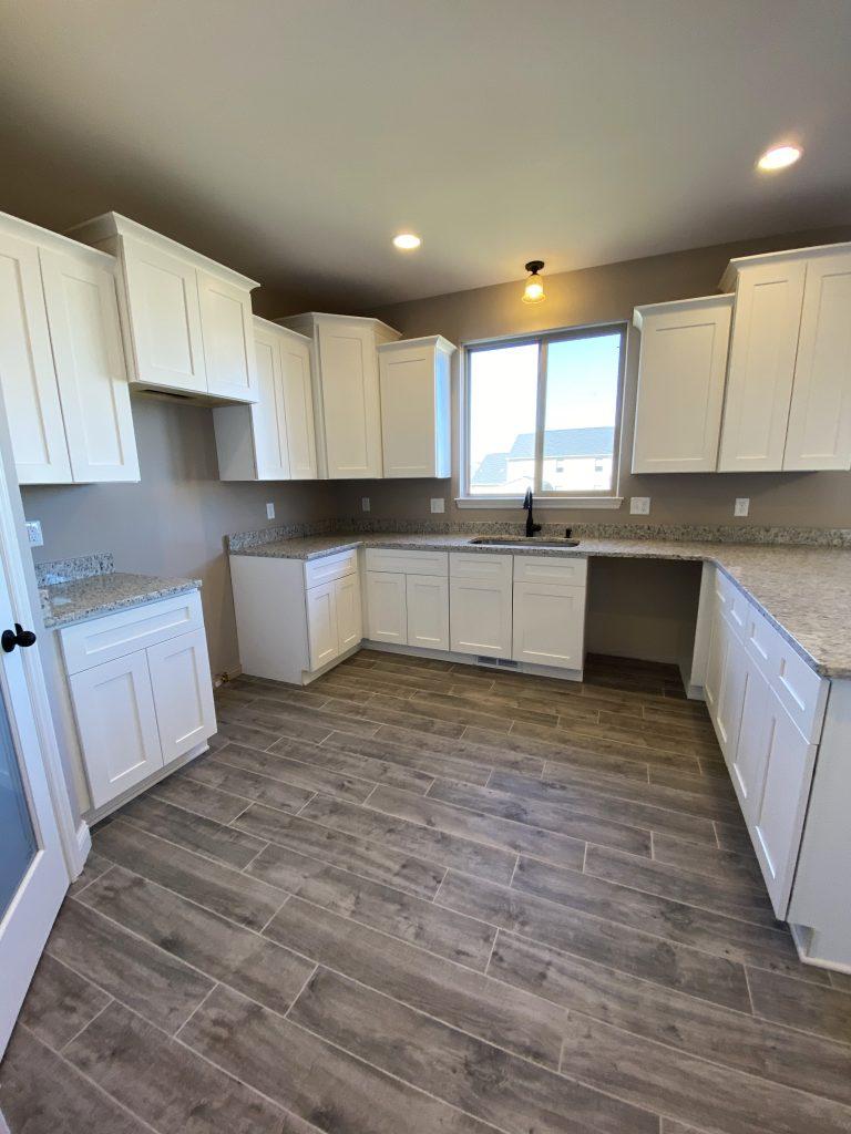 LF17 Kitchen-2